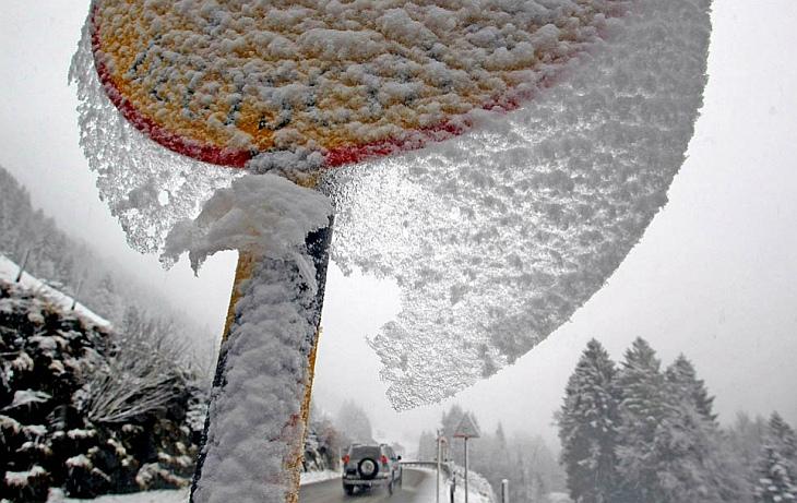 На Германо-Австрийской границе выпал снег
