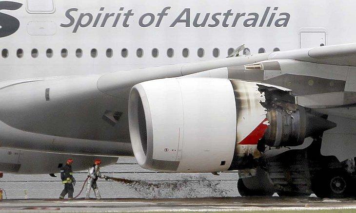 5 ноября 2010, в сингапурском аэропорту «Чанги» совершил аварийную посадку самолет компании «Qantas»