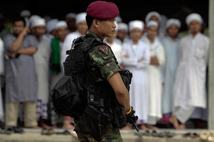 Солдат в Яла, Тайланд