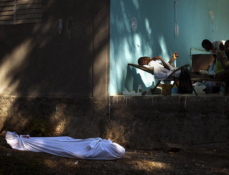 На Гаити продолжается эпидемия холеры