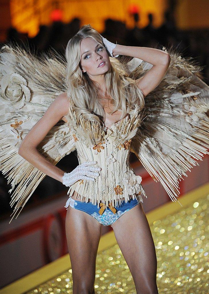 В Нью-Йорке состоялось грандиозное ежегодное шоу Victoria`s Secret 2010