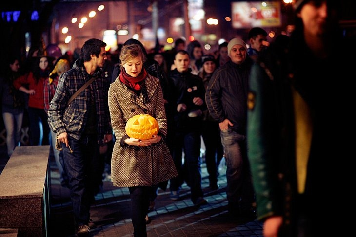 31 октября в Новосибирске прошла Демон_страция — марш привидений