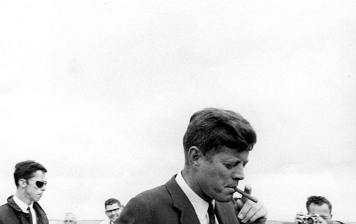 Президент Кеннеди прибыл в штат Массачусетс