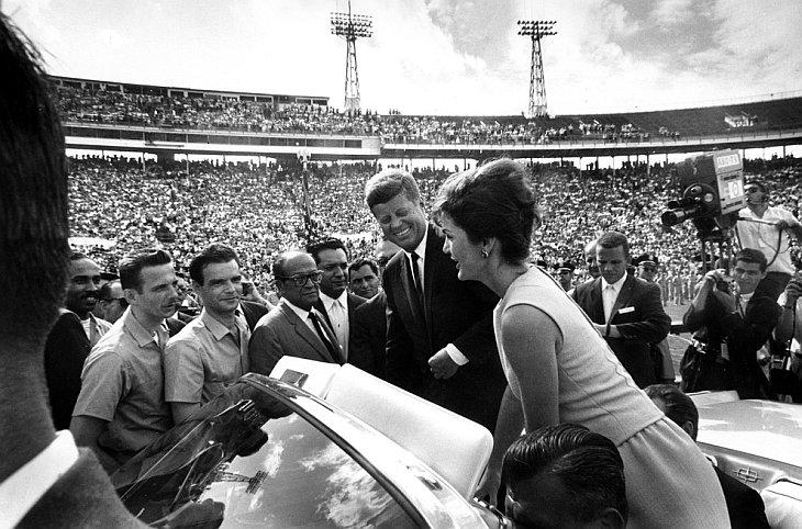 Президент Кеннеди и миссис Кеннеди