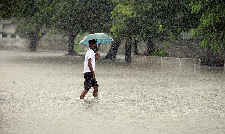 Наводнения из-за проливных дождей в Шри-Ланка, столица Коломбо