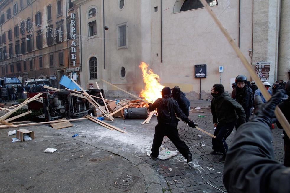 Погромы в историческом центре Рима