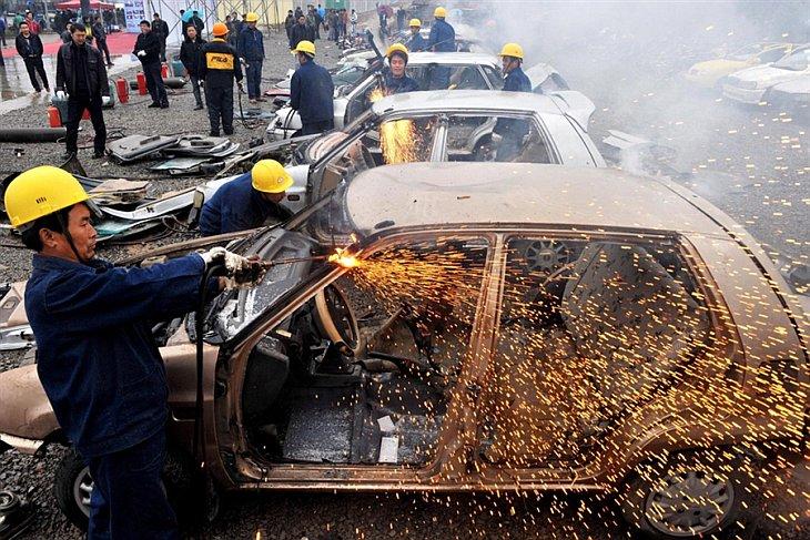 В в провинции Гуйчжоу юго-западе Китая проходит кампания против такси, работающих на улицах без лицензии.