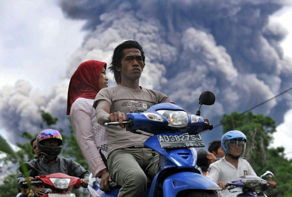 Извержения вулкана Мерапи