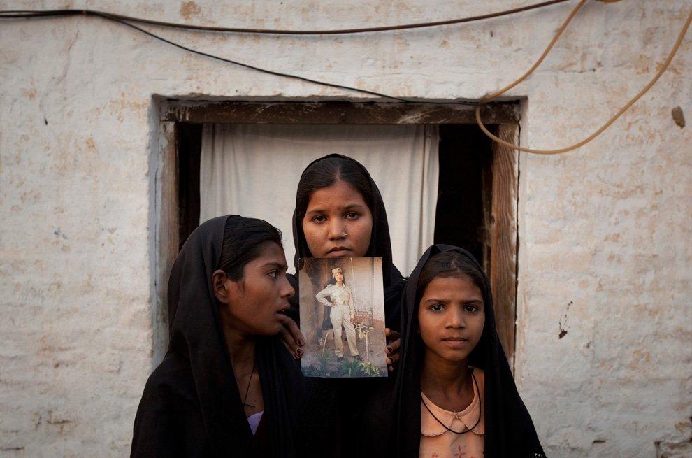 Дочери пакистанской христианки Азии Биби