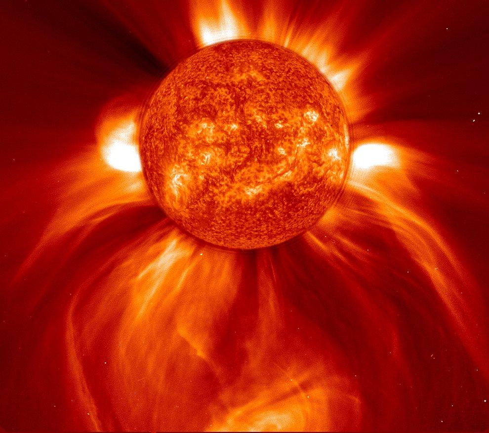 Необычаяная солнечная активность в декабре 2010