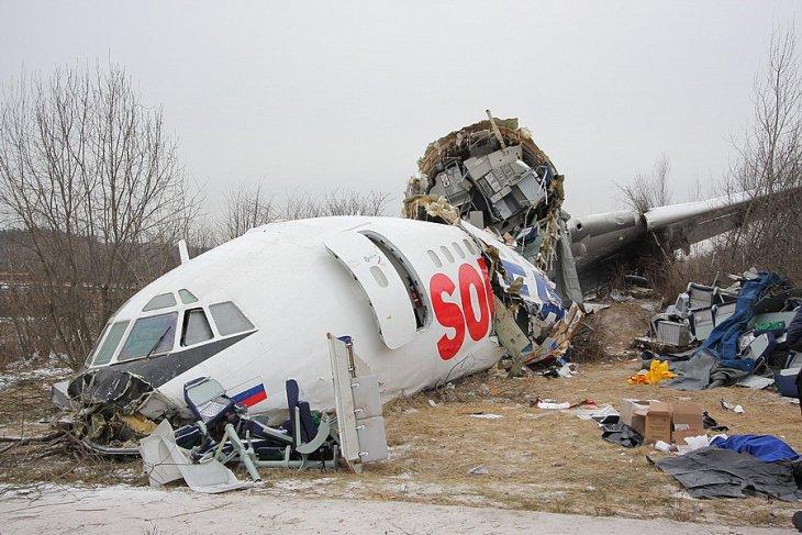 Ту-154 рейсом Москва — Махачкала совершил аварийную посадку