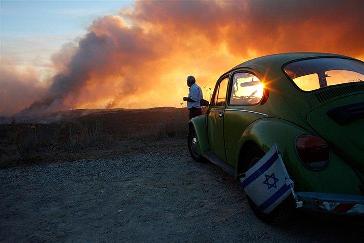 Пожарные самолеты из четырех стран вылетели в Израиль