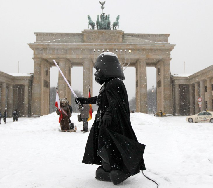 Европу парализовало от морозов и снегопадов