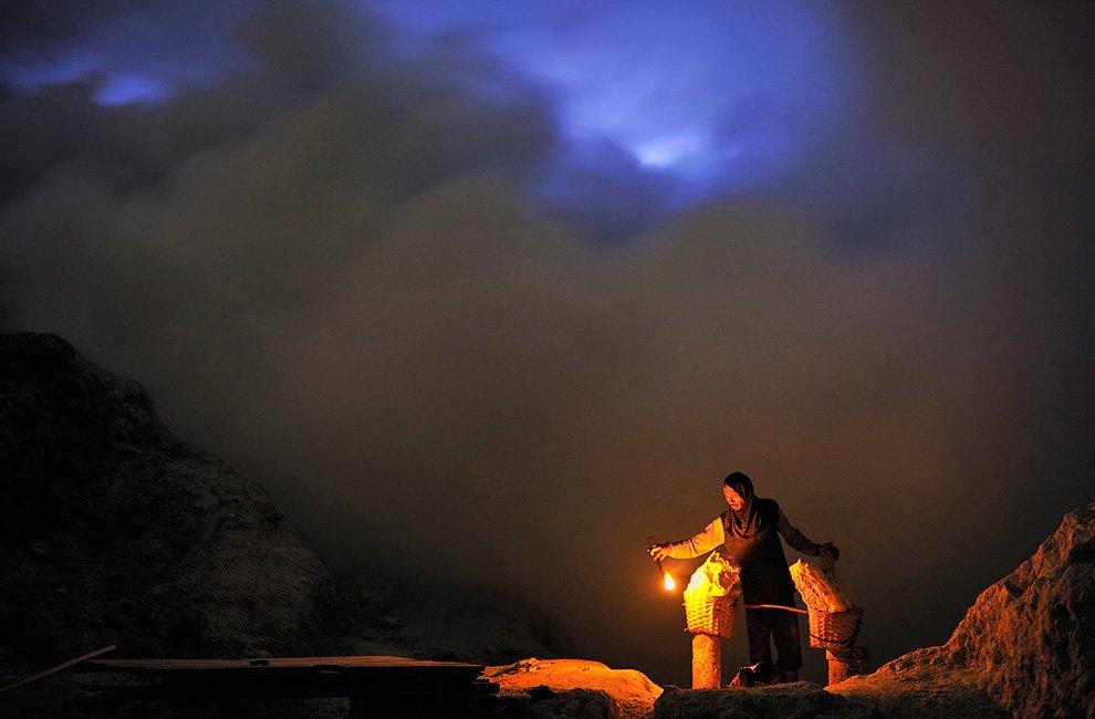 Захватывающие снимки вулкана Kawaha Ijen