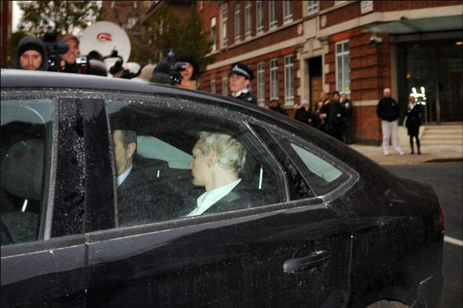 Арестован основатель WikiLeaks Джулиан Ассанж