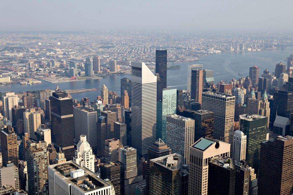 Офисные и жилые здания в центре Манхэттена