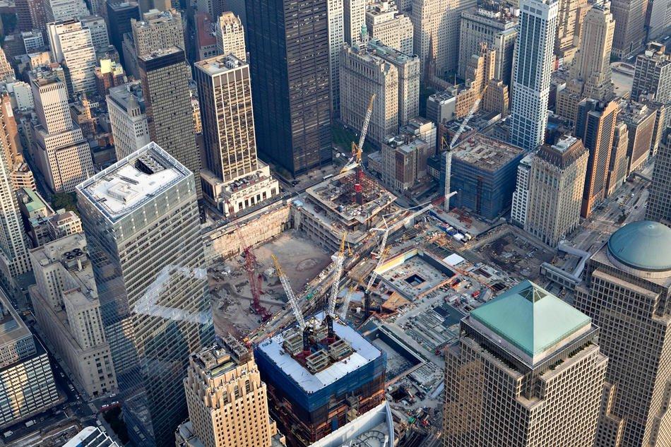 Строительные краны на месте бывшего Всемирного торгового центра