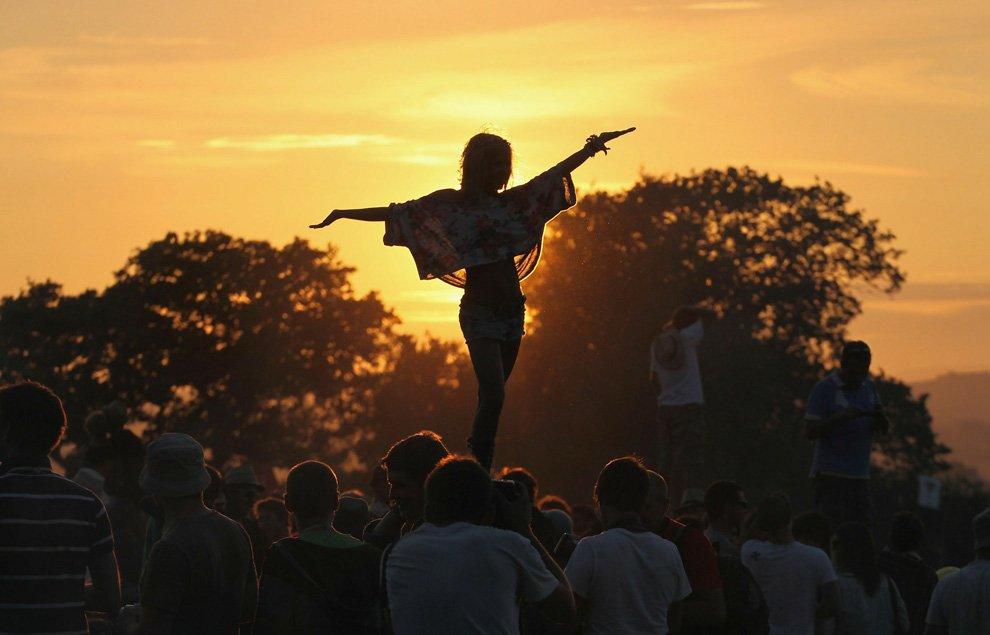 Фестиваль в Гластонбери