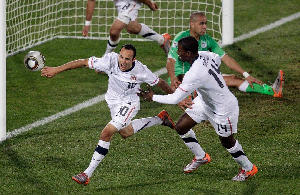 Чемпионат мира 2010 по футболу