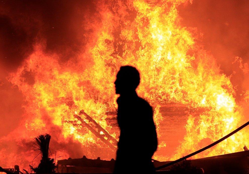 Протесты переросли в насильственные действия в Каире