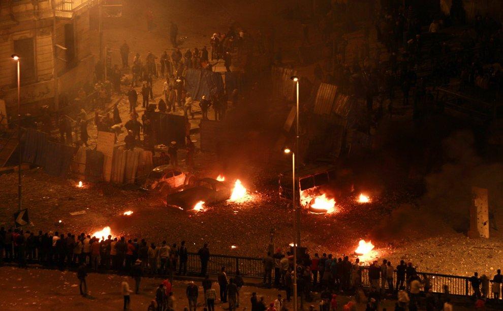 Утром 3 февраля 2011 в Каире около площади Освобождения
