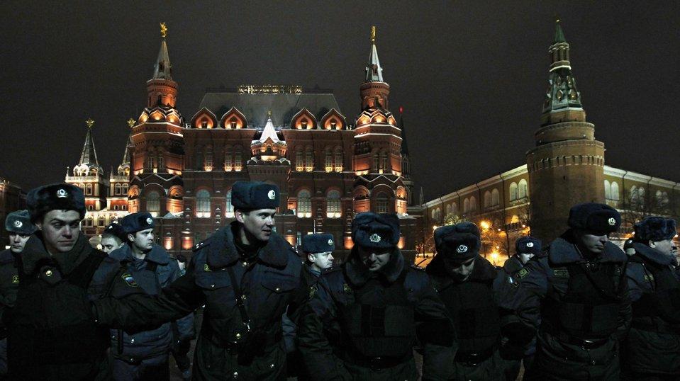 Оцепление по периметру Красной площади