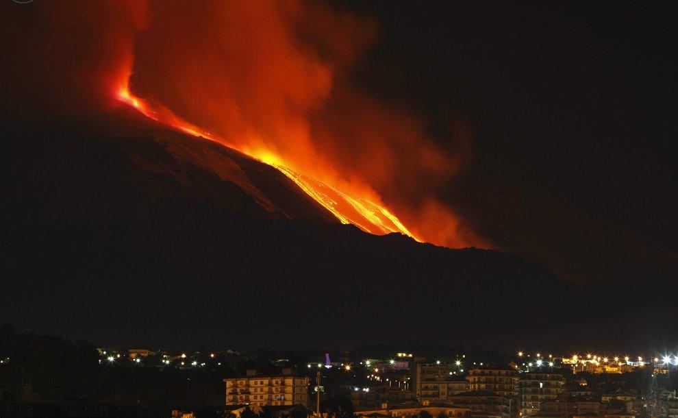 Началось извержение вулкана Этна