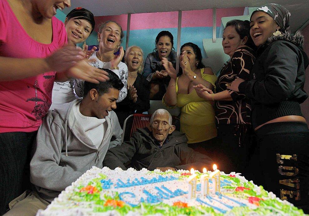 Работнику сахарного завода в Гаване Игнасио Кубилле Баносу исполнилось 111 лет