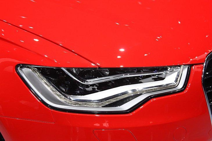 Седан Audi A6 2012
