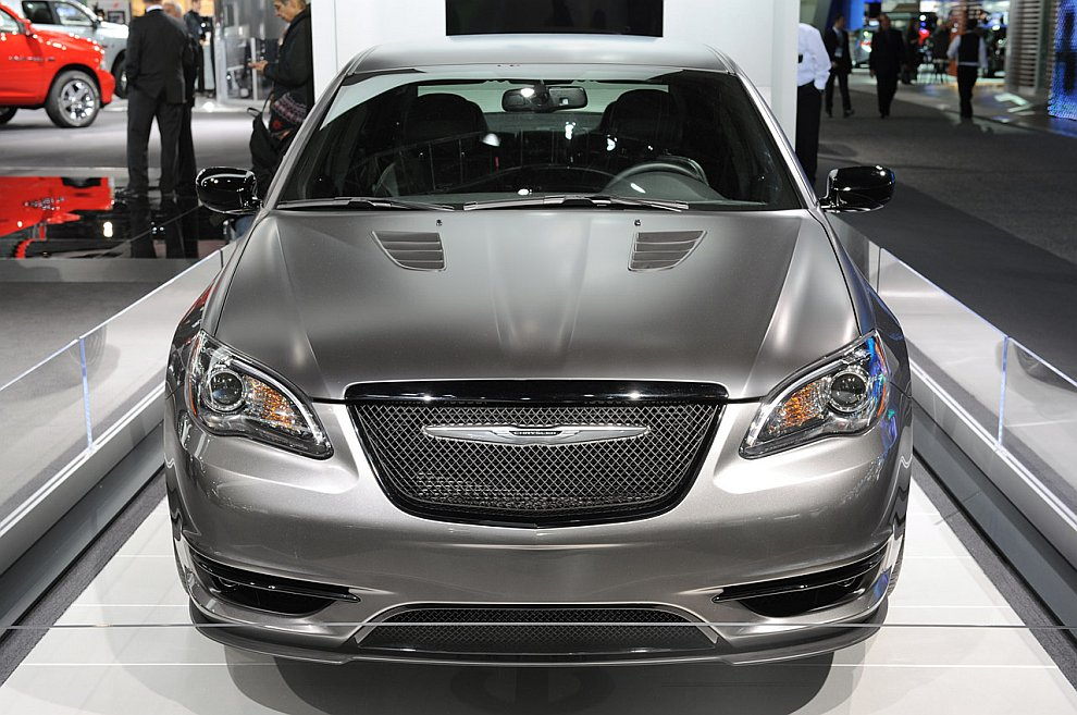Концепт-кар Chrysler 200 Super S