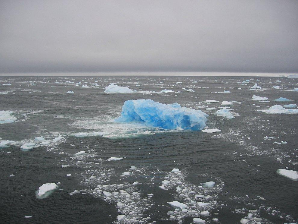 Голубой лед у Южного полярного круга