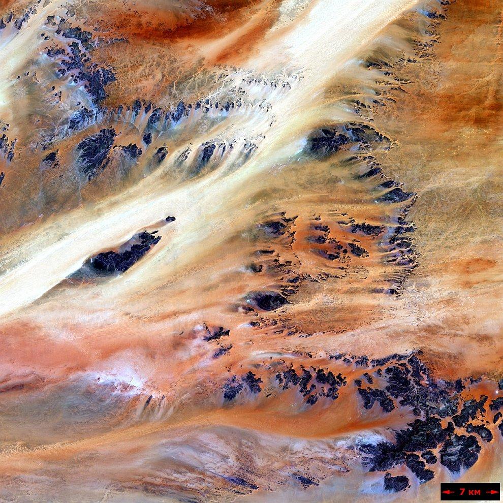 Оазис Теркези в пустыне Сахара
