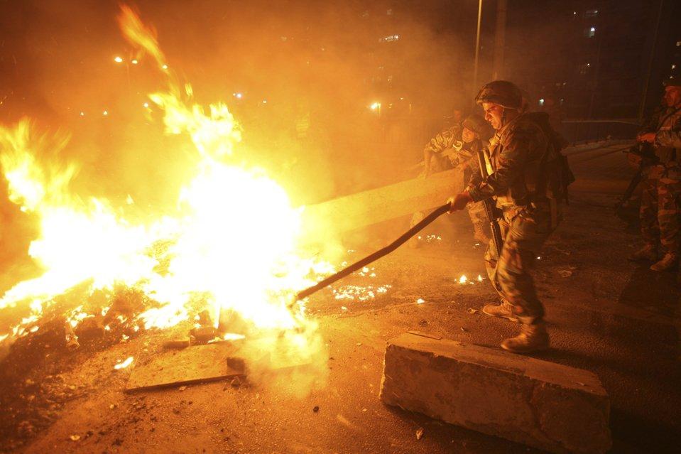 Беспорядки на улицах Бейрута, Сайды, Триполи