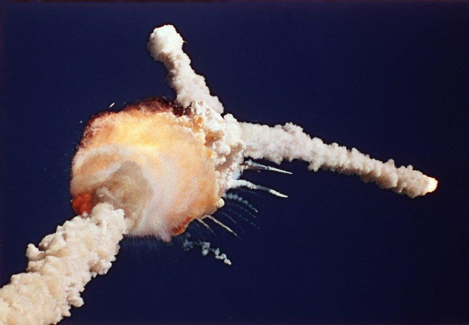 Взорвался американский космический корабль Челленджер