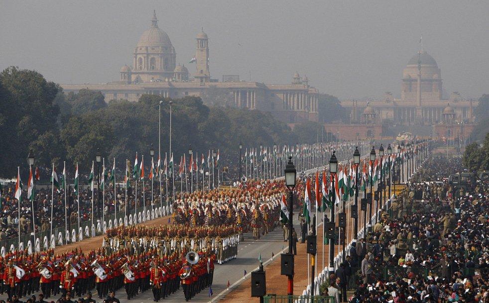 Торжественное шествие военных на Дне республики в Индии