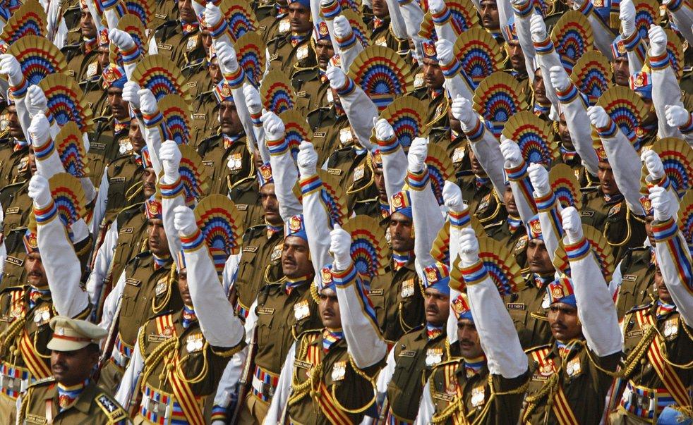 Полицейские Нью-Дели на параде