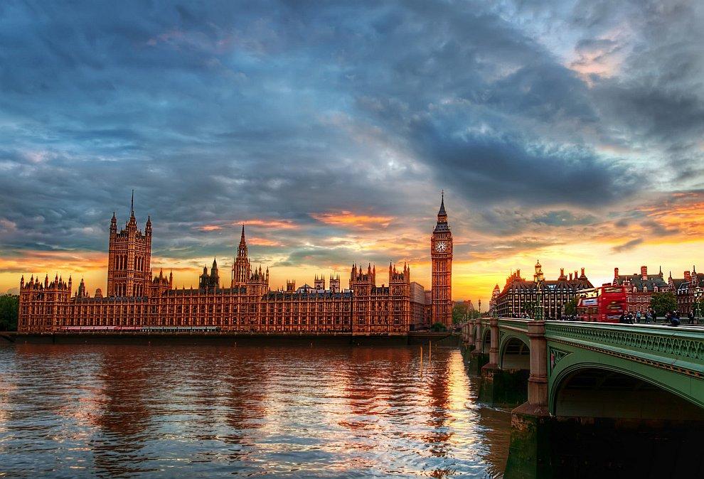 Лондон и река Темза