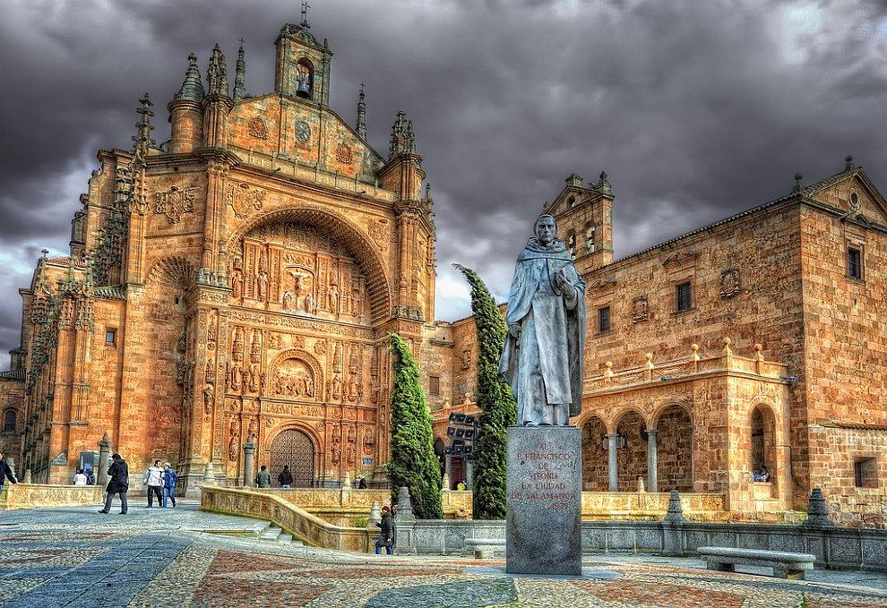 Монастырь Сан Эстебан в Саламанке, Испания