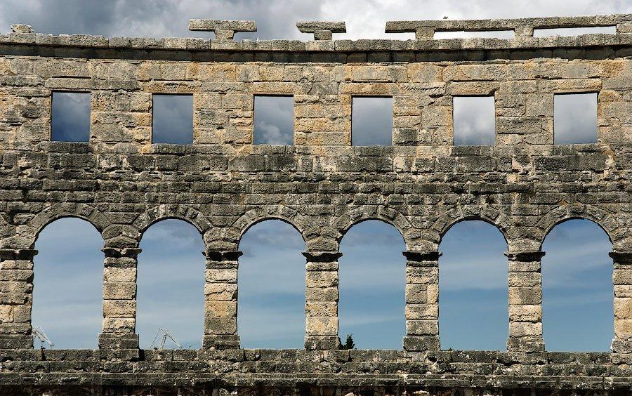 Римский амфитеатр на полуострове Истрия, Хорватия