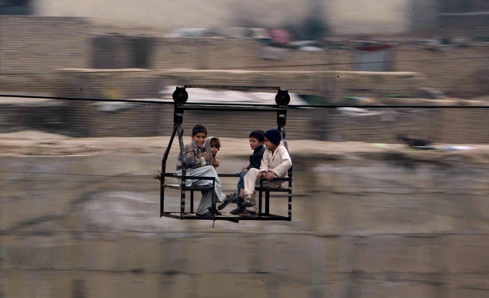 Воздушный паром в пакистанском городе Равалпинди