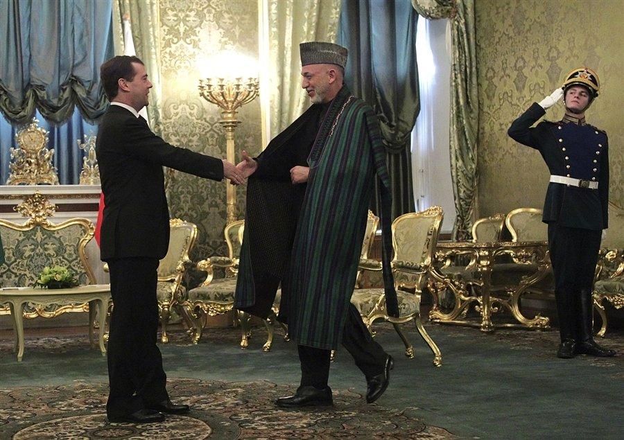 Президент Афганистана Хамид Карзай начал двухдневный визит в Москву