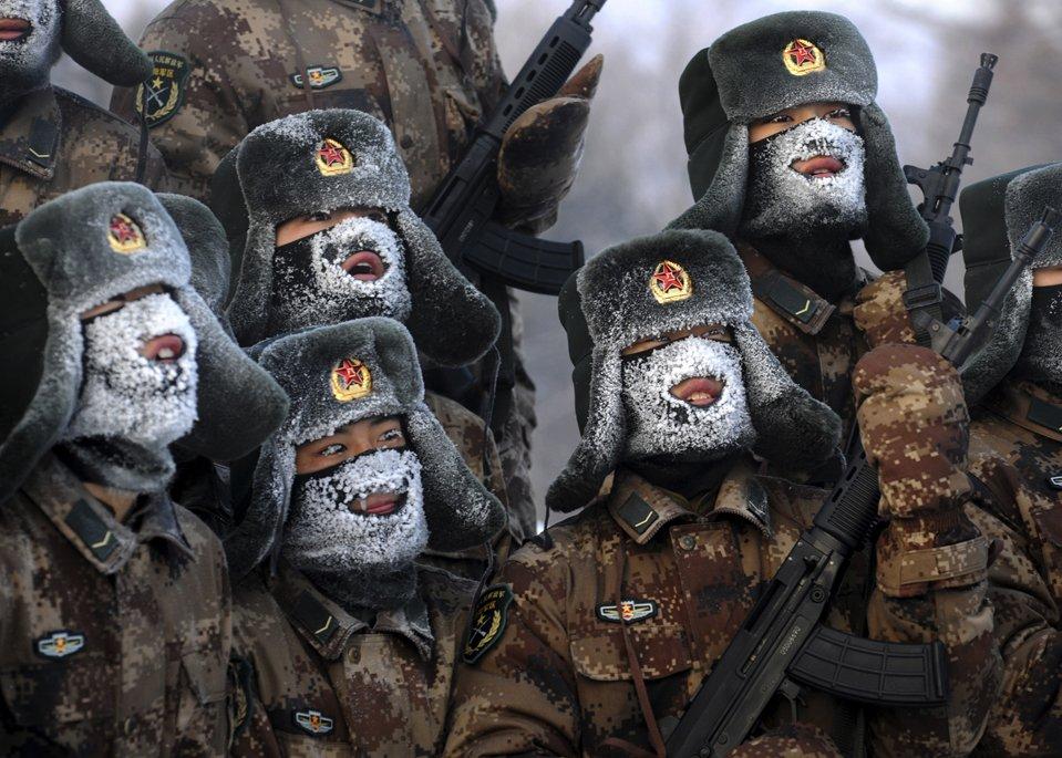 Солдаты народно-освободительной армии собрались на учения