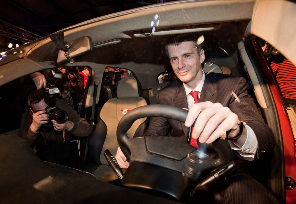 Ё-мобиль — русский народный гибридный автомобиль