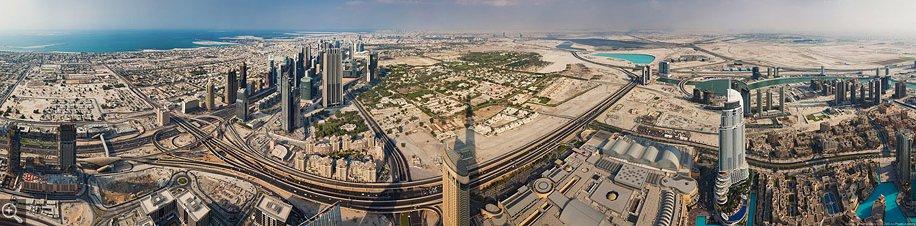 Дубай с высоты самого высокого здания в мир