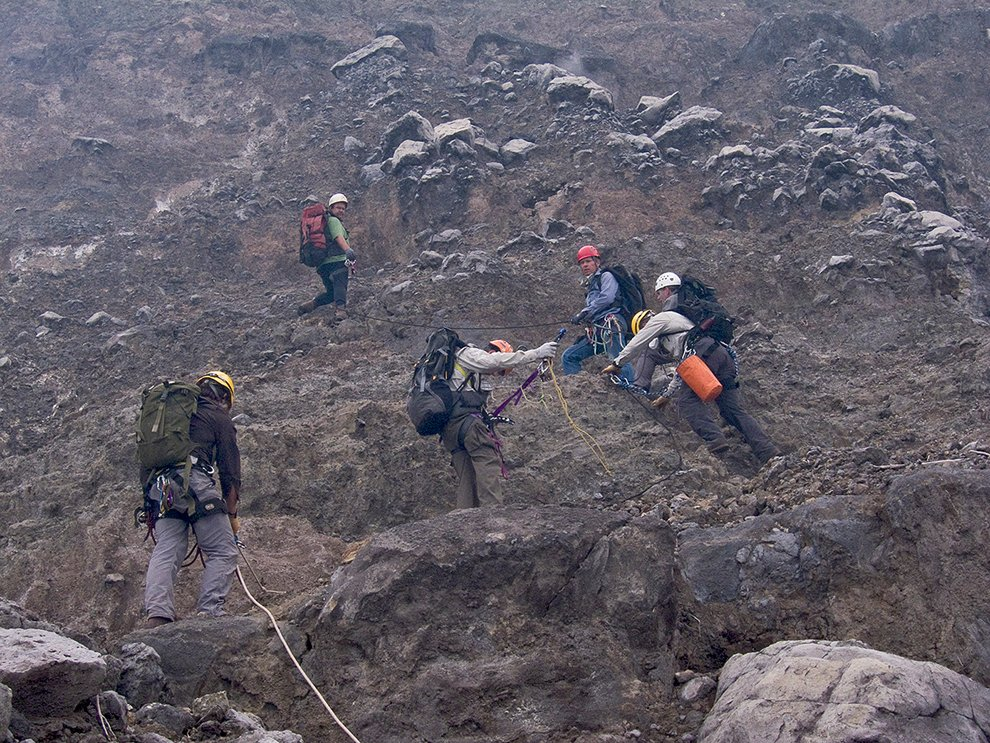 Journey to the Center of the Earth: the crater of Nyiragongo volcano