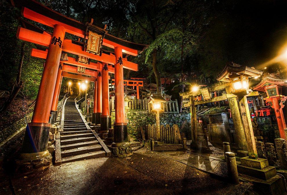 В полночь на японском кладбище