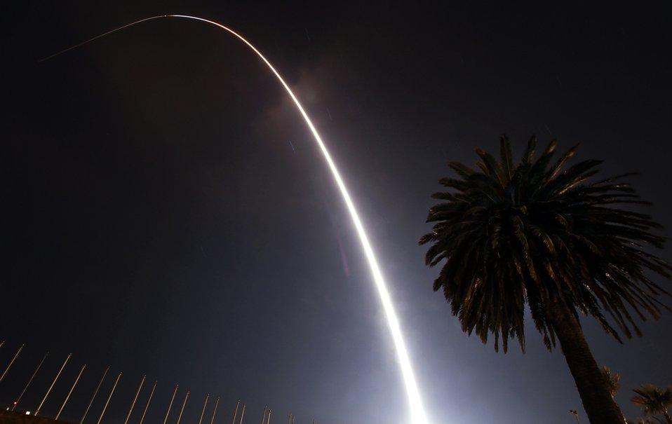 Ракета-носитель со спутником «Слава» (Glory) упала в Тихий океан