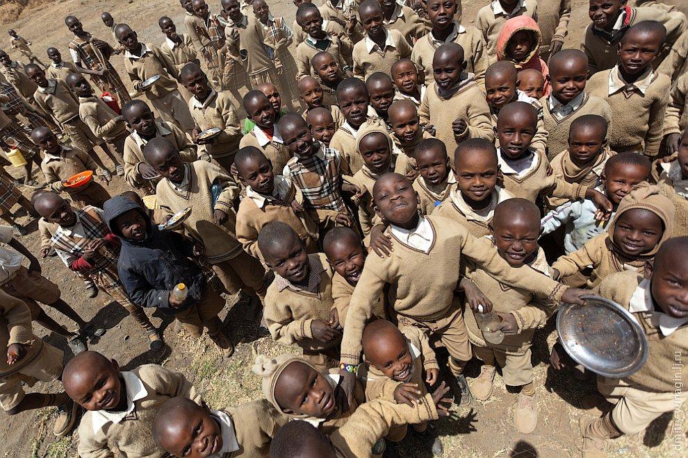 Как учатся в школах Кении