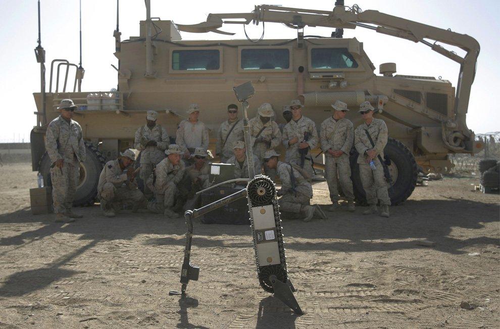 Военный робот для поиска самодельных взрывных устройств