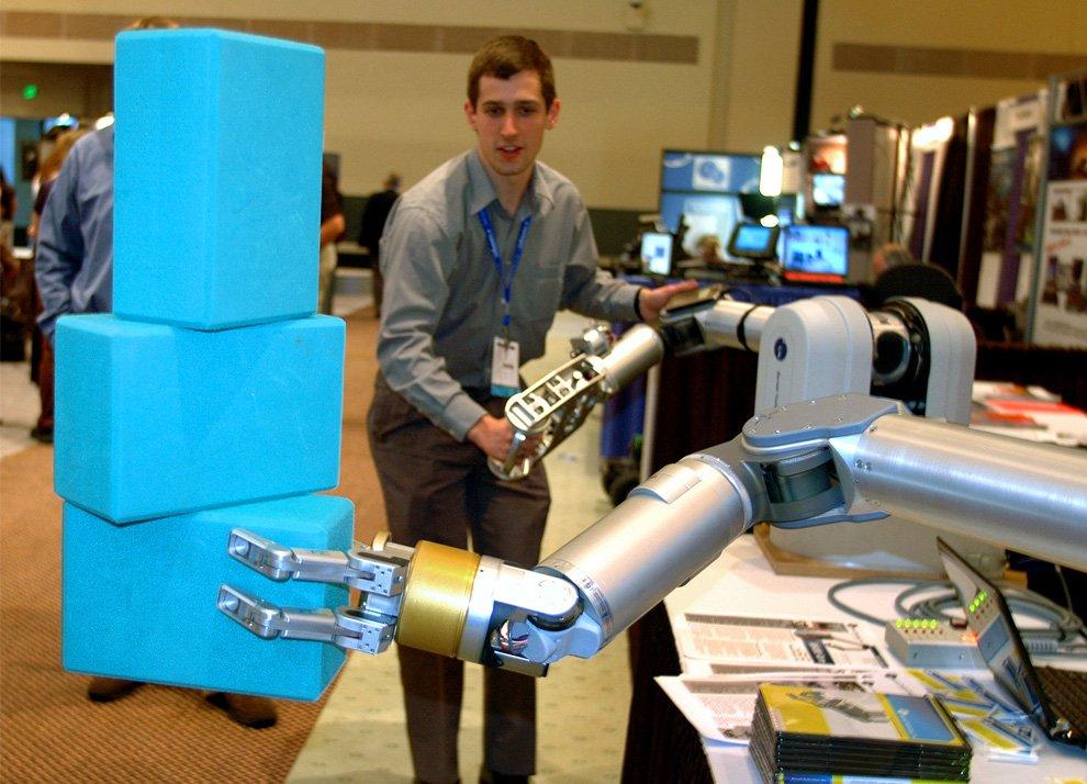 Рука робота-манипулятора WAM